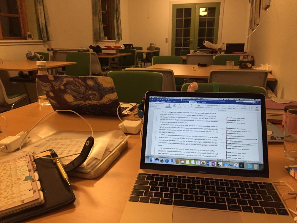 Midnatsskrivning på skriveferien