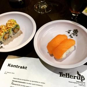 Kontrakten fejres med sushi