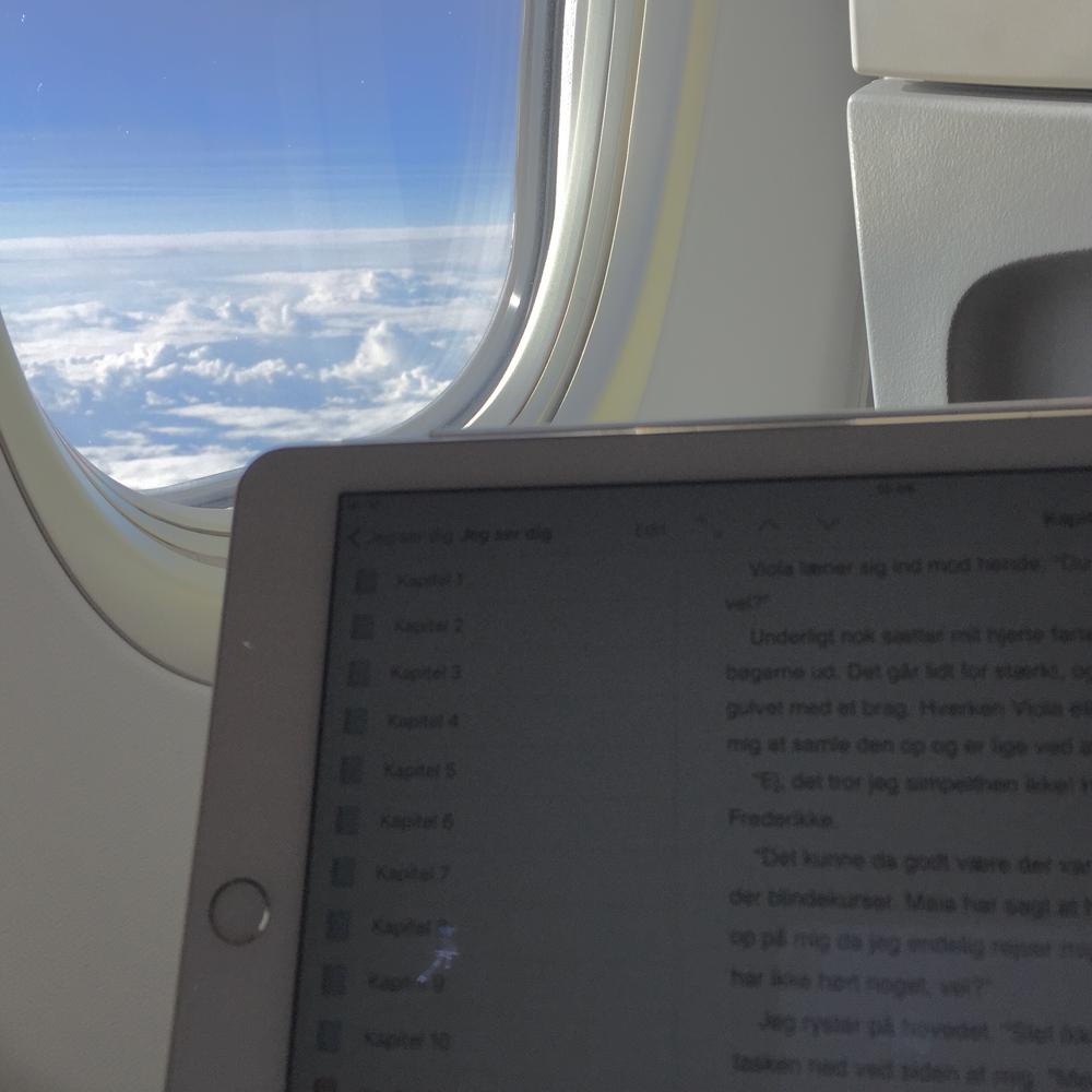 Forfatterstatus: Redigering i mange kilometers højde!
